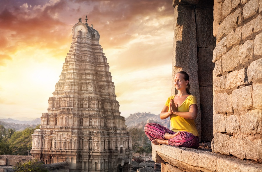 7 Types Of Yoga Meditation Techniques You Must Know About
